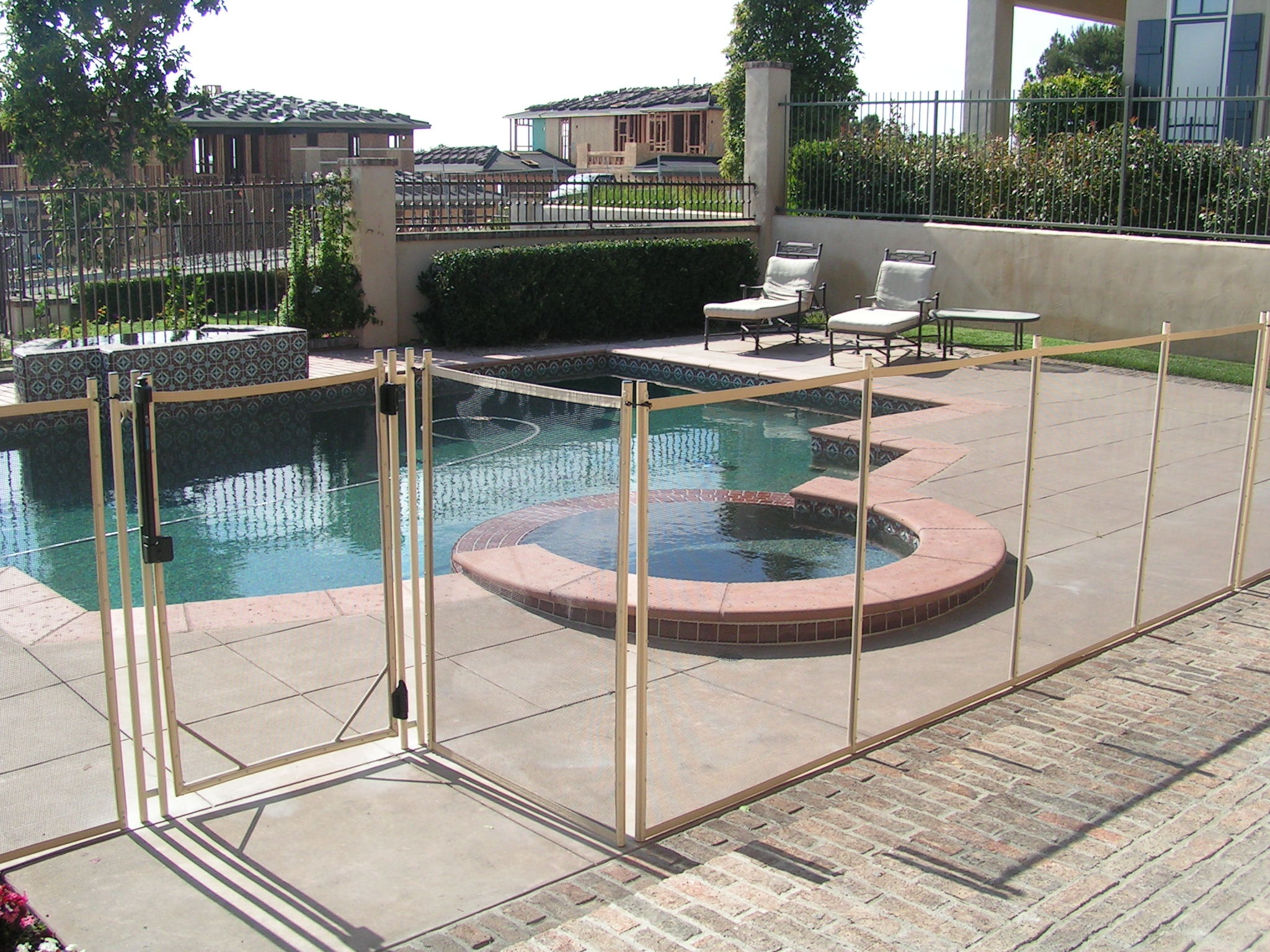 Removable Fence temporary pool fencing images - reverse search